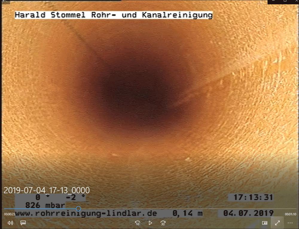 Photo_einer_erfolgten_Sanierung_mittels_Kurzliner_in_Lindlar_zur_Durchführung_einer_Dichtheitsprüfung